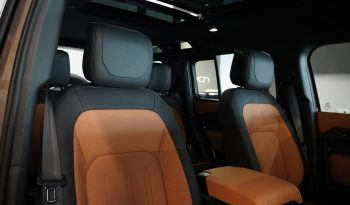 Land Rover Defender P400 X 110 lleno